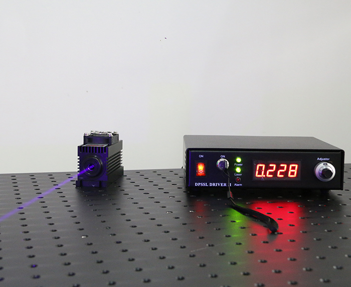 450nm Semiconductor Laser 1200mW Powerful Blue Laser with Adjustable Power