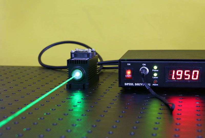 532nm 10mw~80mw green dpss laser with power supply