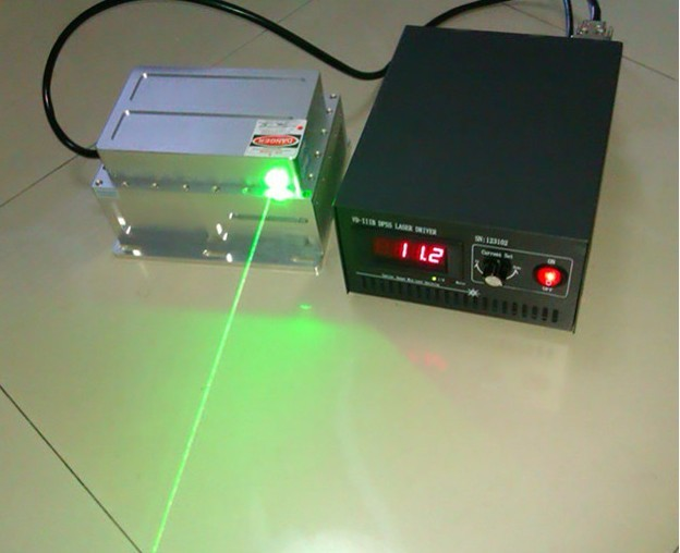 532nm 5W Green Laser Module/Automatic refrigeration/High Power DPSS Laser with power supply