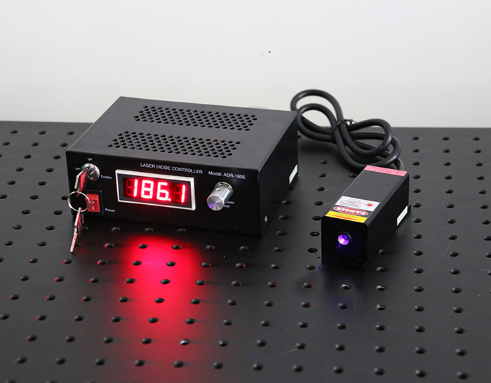 375nm 150mW Semiconductor Laser Multimode UV Laser Output Power Adjustable