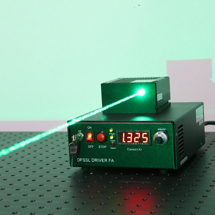 530nm±2nm 2700mw High Power Laser Green Multimode Diode Laser System