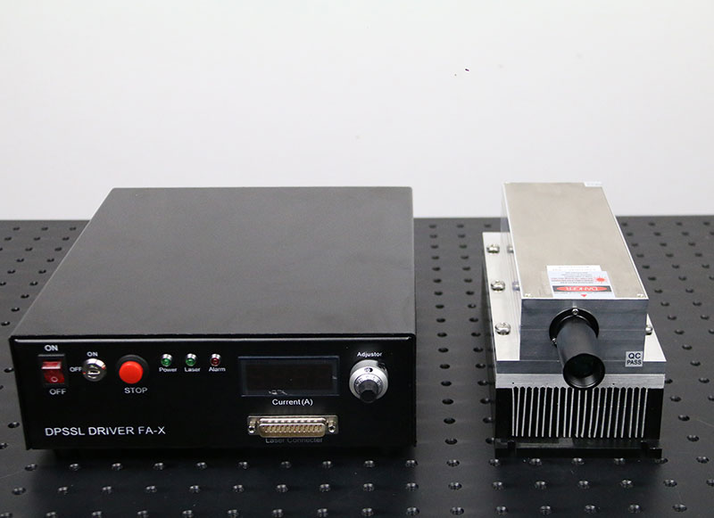 1064nm 5W Semiconductor Laser Powerful IR Laser Source