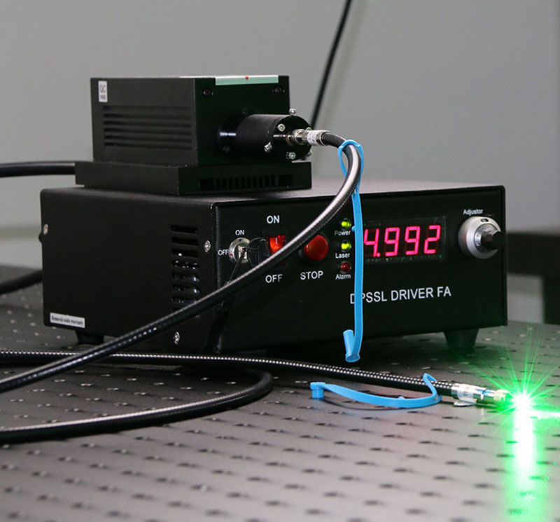532nm 800mW~3000mW Green Fiber coupled laser with power supply