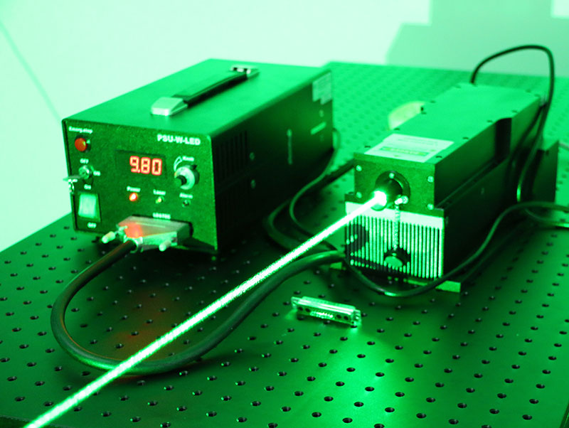 532nm 10W Green DPSS Laser output power adjustable with digital display power supply