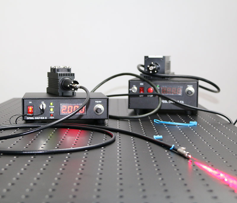650nm/655nm/660nm  500mW~1000mW Red Fiber Cupled Laser With Power Supply