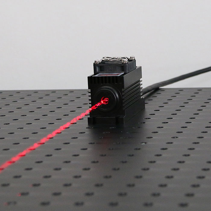 689nm 1W Diode Laser Source Red Semiconductor Laser Beam